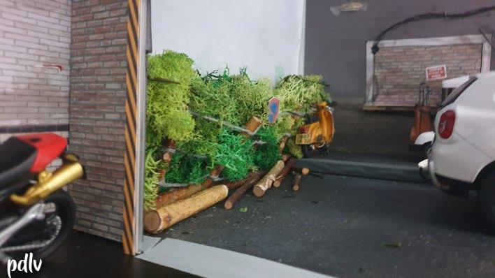 Mini PDLV diorama garage