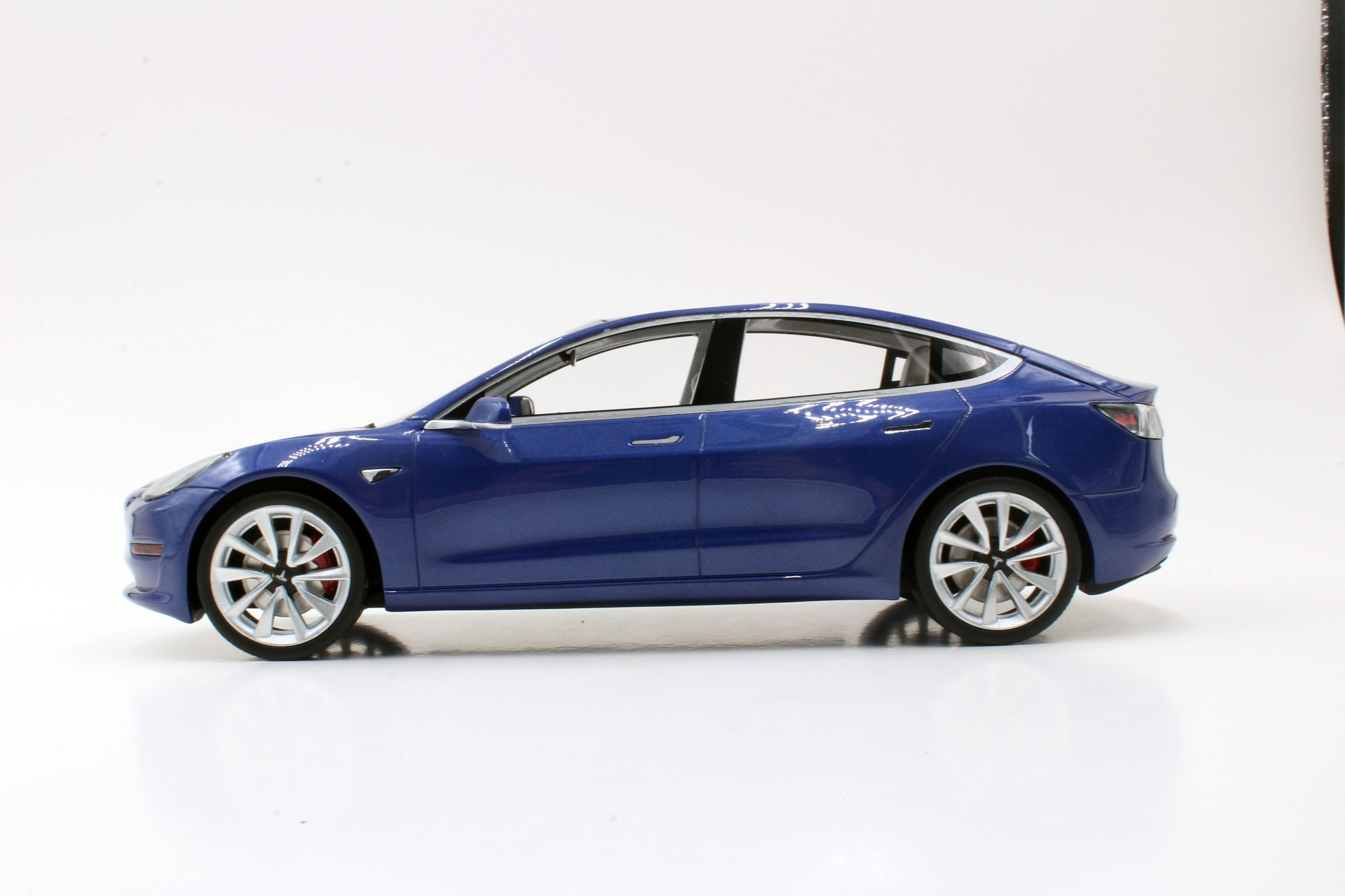 LS074B Tesla Model 3 LS COLLECTIBLES