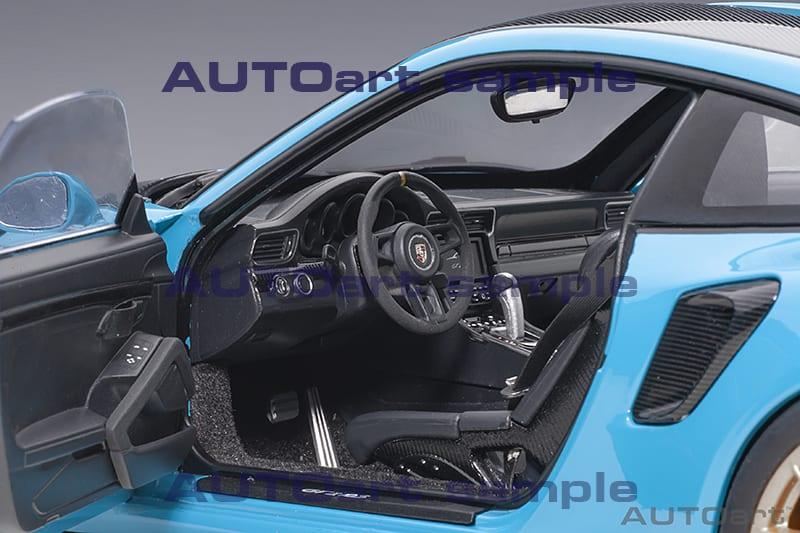 1/18 Porsche 911 GT2 RS AUTOart ouvrants