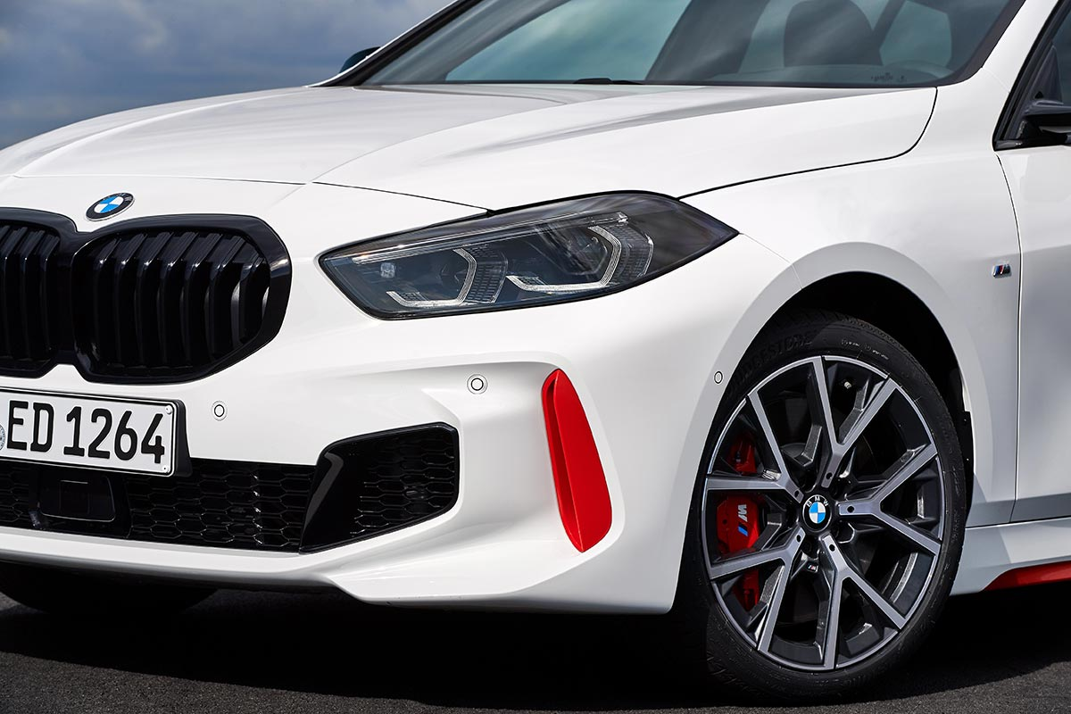 BMW 128ti calandre