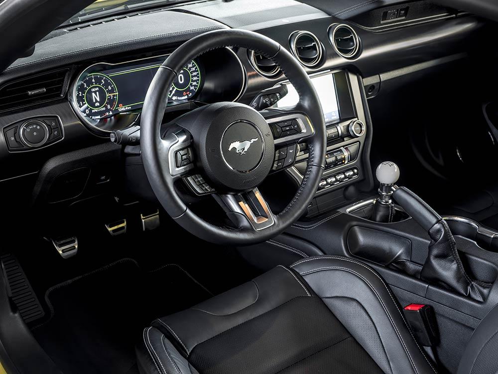 Ford Mustang Mach 1 tableau de bord