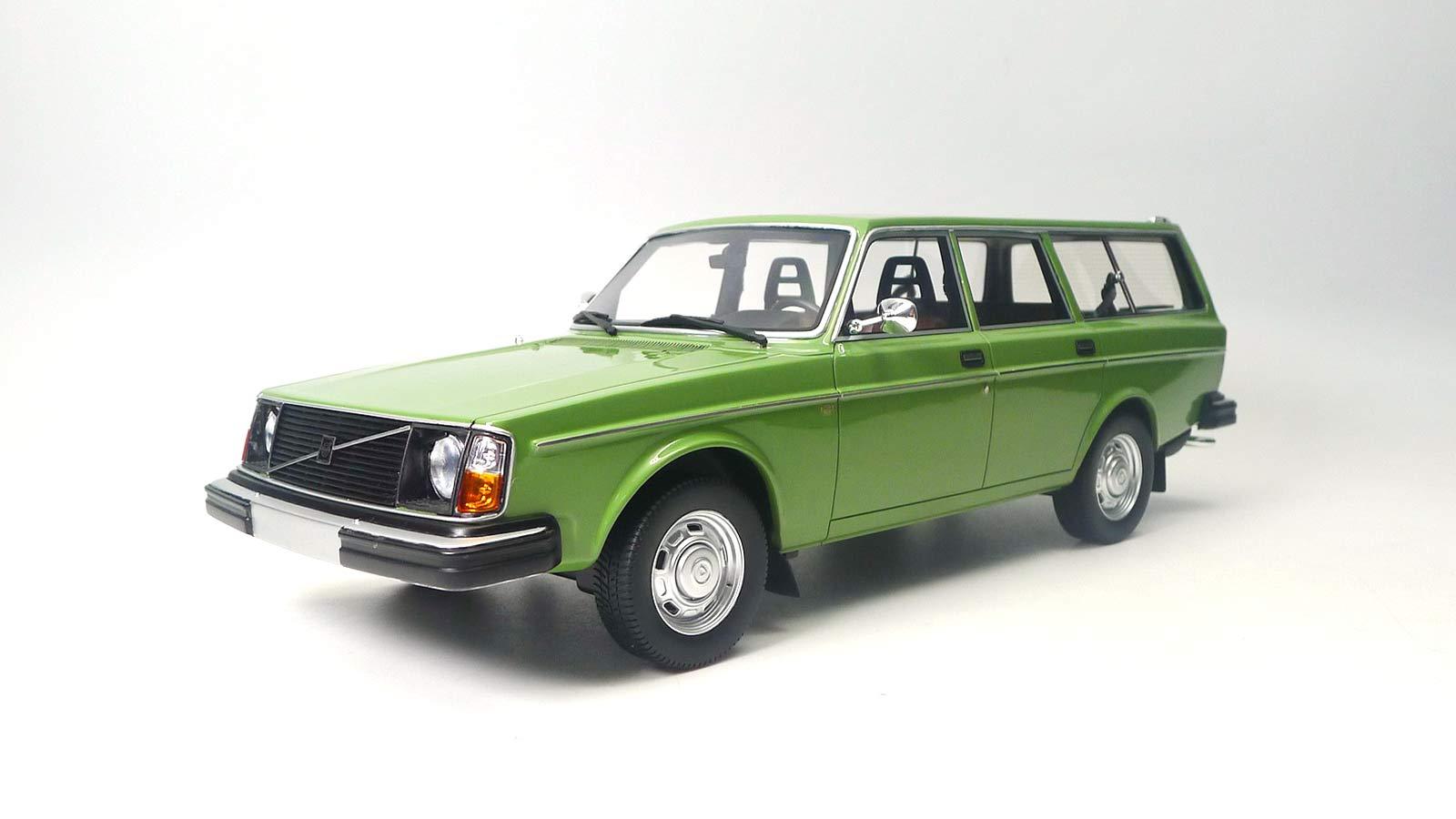 DNA000081 Volvo 245 DL Green