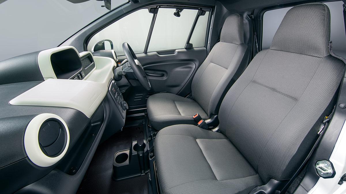 Toyota C+pod intérieur