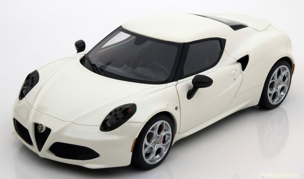 1/18 Alfa Romeo 4C AUTOart