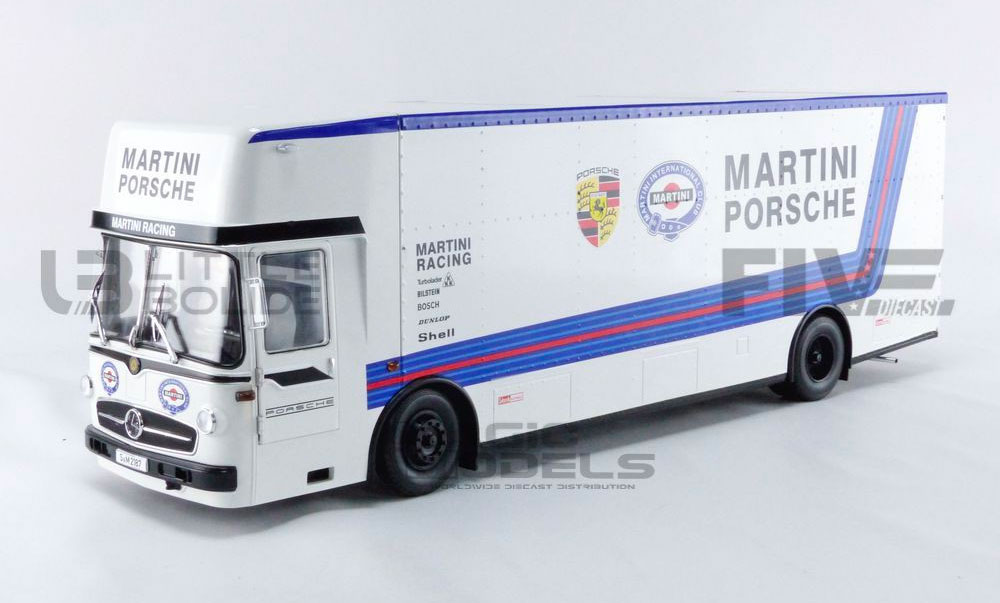 1/18 Mercedes Transporter Porsche Martini
