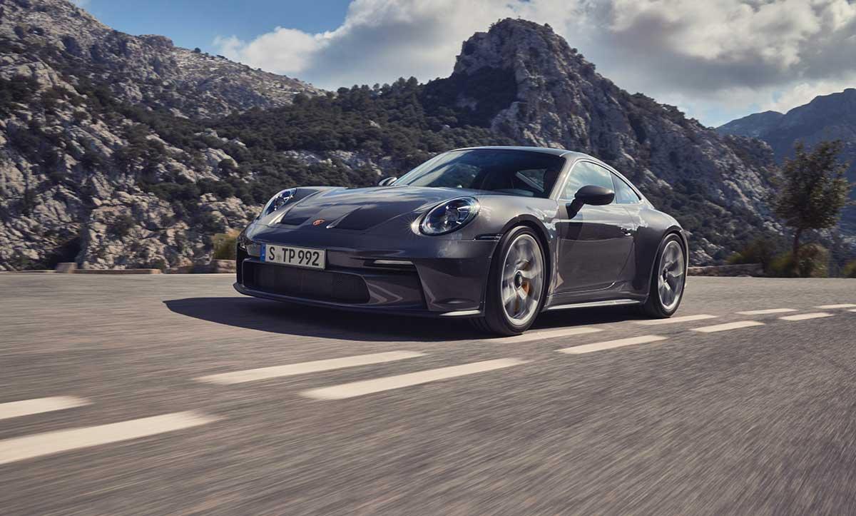 Porsche 911 (992) GT3 Touring