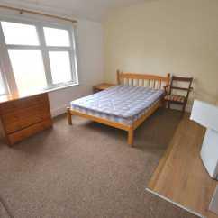 Sofa Beds Reading Berkshire Parlour Chair 1 Bedroom Studio Flat To Rent Second Floor Back London