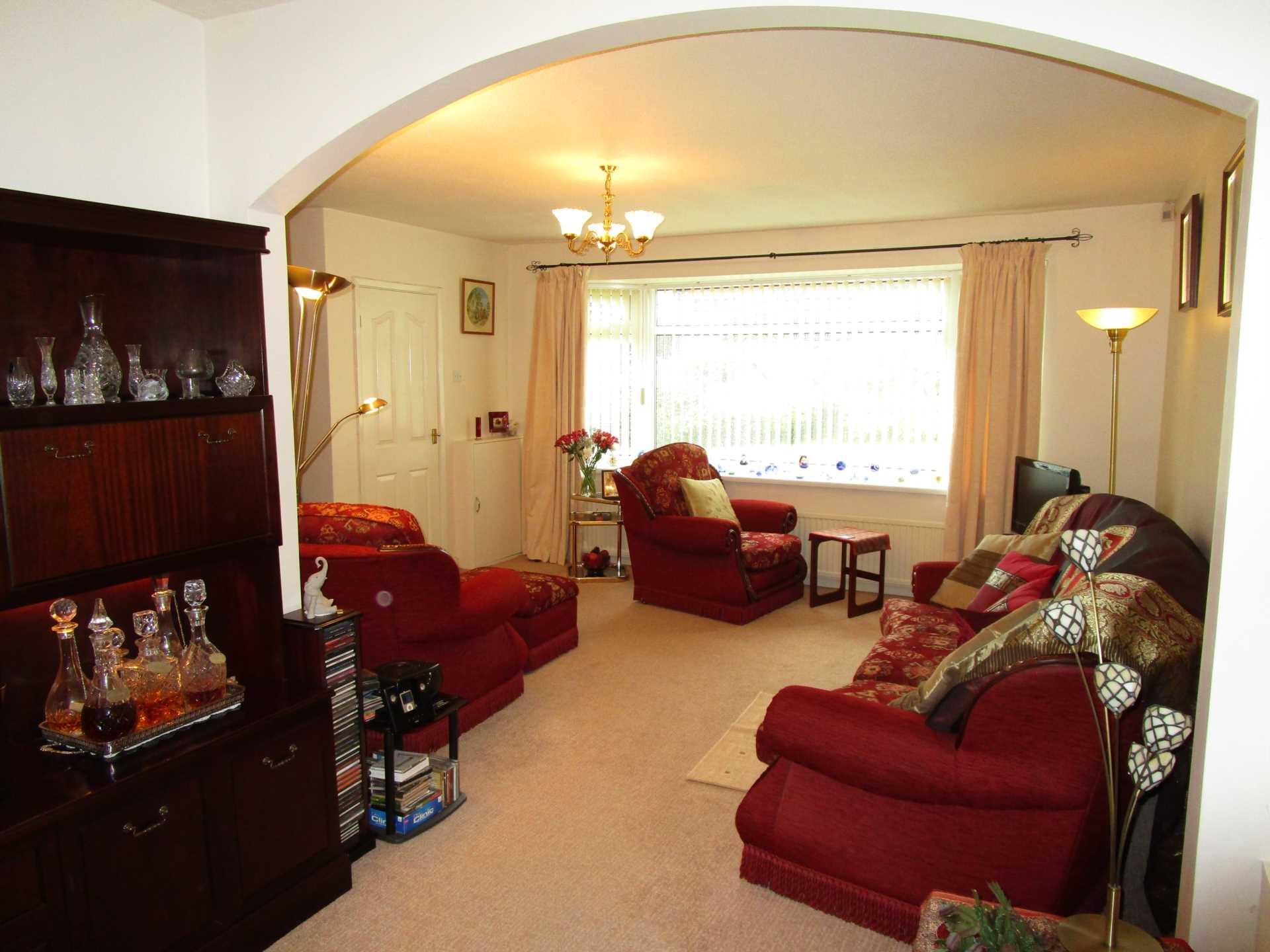 3 Bedroom Bungalow For Sale Dorset Avenue Oldham OL2 7DS