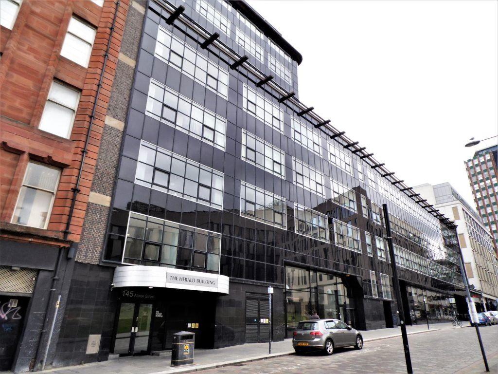 sofa shops glasgow city centre velvet tufted 1 bedroom flat to rent albion street merchant