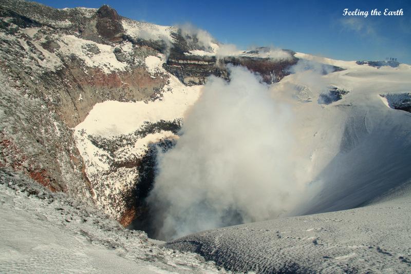 """大摩邇(おおまに) : 南米チリの""""富士山""""こと、ビジャリカ山が大噴火!:日本の富士山の代わりに大 ..."""