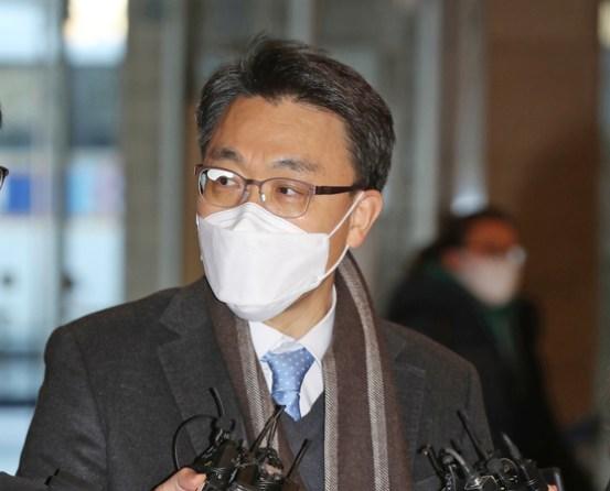[단독]김진욱의 '나도 전문 지식이있다'는 박근혜 탄핵의 기초 다.