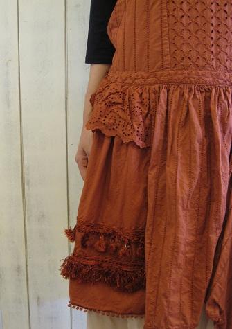 mudoca red dress closeup