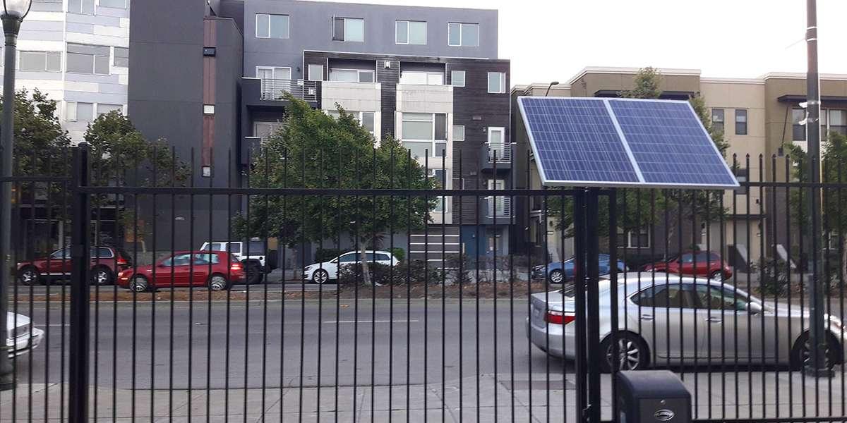 SOLAR SLIDING GATE