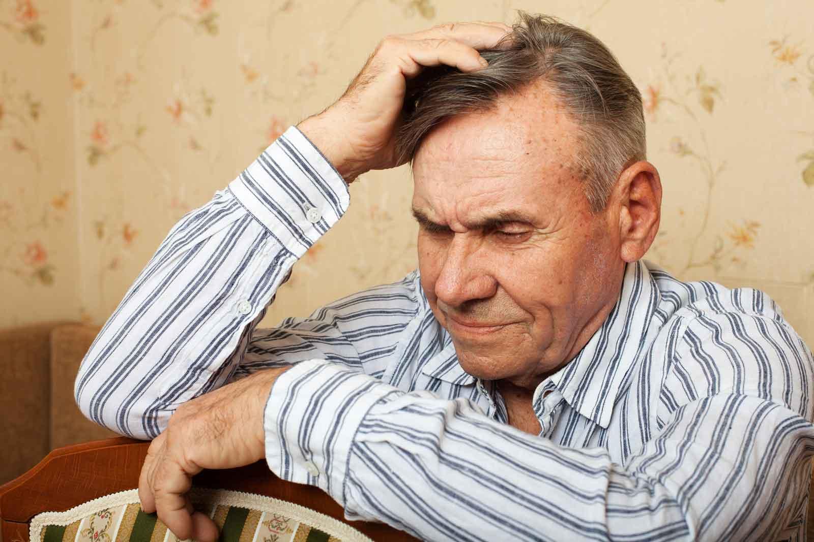 elderly-man-looking-confused