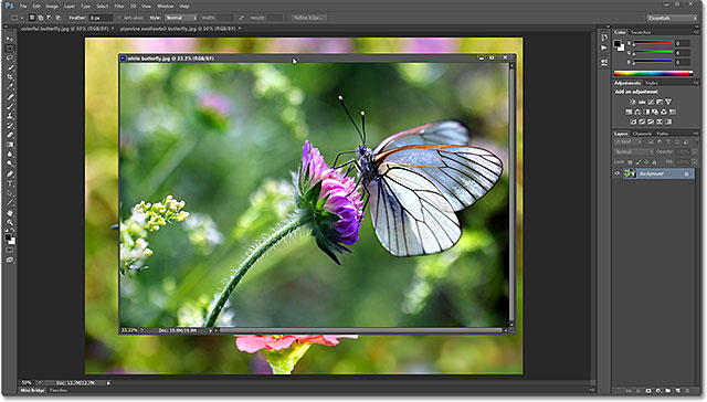 A floating document window in Photoshop CS6. Image © 2013 Photoshop Essentials.com