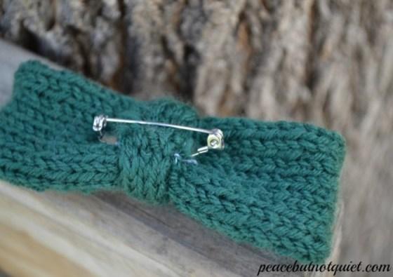 knit bows