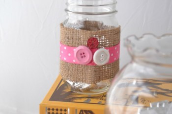 Make Adorable Gum Containers