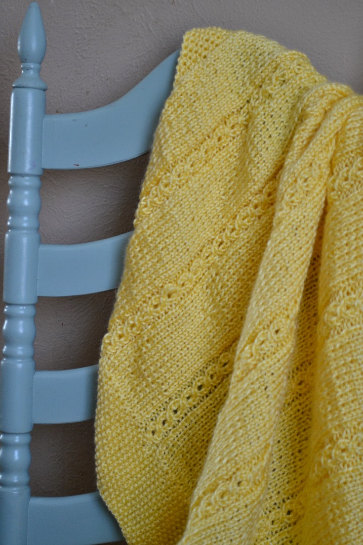 this mock cable baby blanket is an easy knitting pattern!
