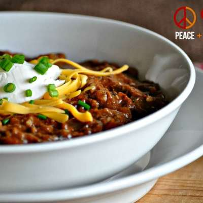 Slow Cooker Kickin' Chili – Low Carb, Gluten Free