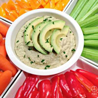 Avocado Hummus – Low Carb, Paleo, Gluten Free, Dairy Free