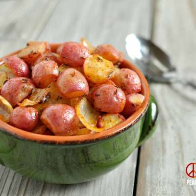 Paprika Roasted Radishes with Onions – Low Carb, Gluten Free, Paleo