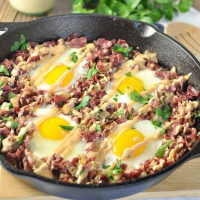 Corned Beef Hash Breakfast Skillet – Paleo, Low Carb