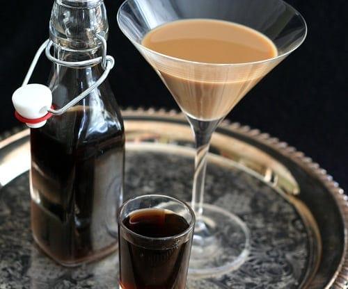 Vanilla Latte Martini | All Day I Dream About Food