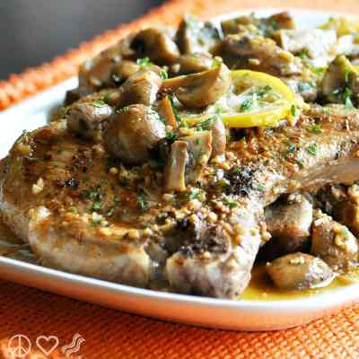 Lemon Garlic Pork Steaks with Mushrooms – Low Carb, Gluten Free