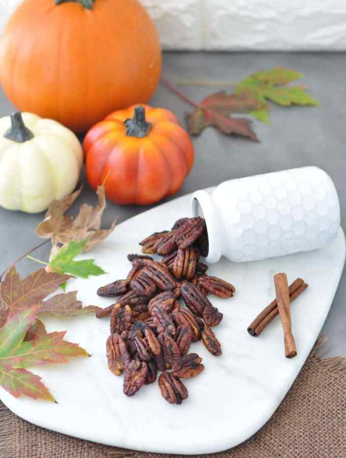 Low Carb Pumpkin Spice Roasted Pecans