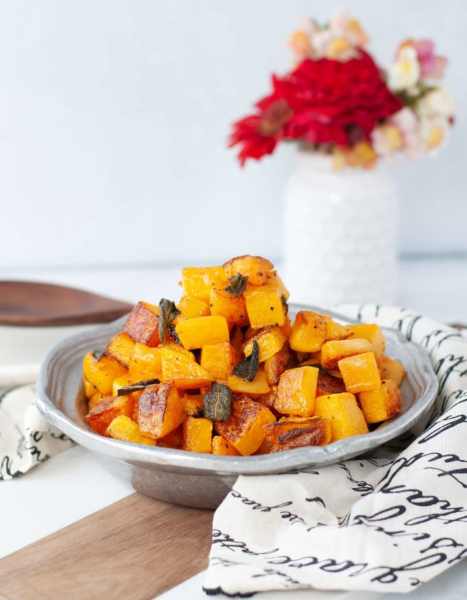 With less than 5 ingredients, this Roasted Butternut Squash with Sage is the perfect quick and easy low carb side dish. Perfect for your keto Thanksgiving table.