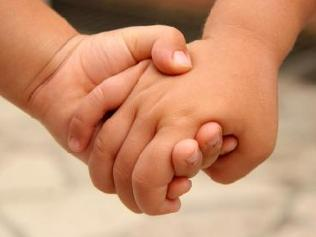 https://i0.wp.com/peacelovewings.com/wp-content/uploads/2011/04/children-holding-hands.jpg