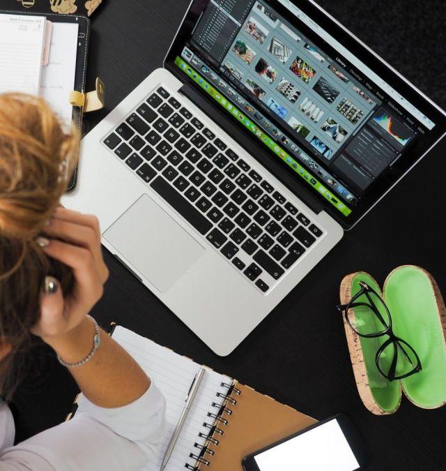 design-desk-display-eyewear-313690-e1586787707635