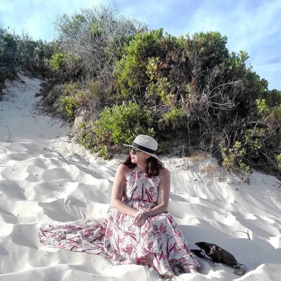 peaches-in-the-wild-amanda-bussio-beach
