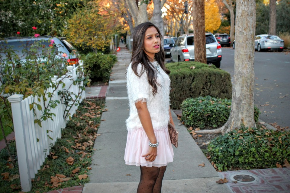 Pink Skirt Holiday Outfit 8