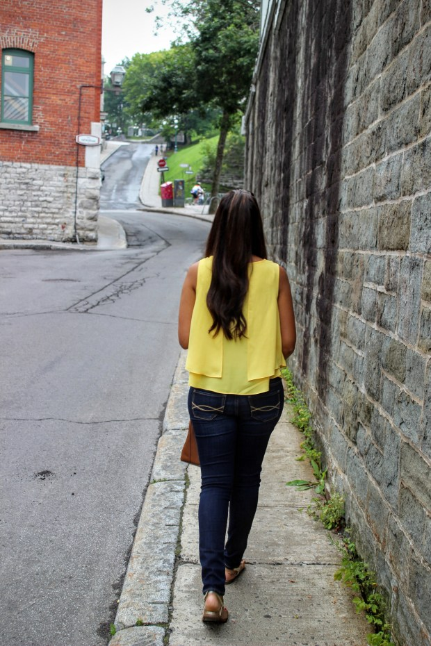 Yellow Top Blue Jeans 9