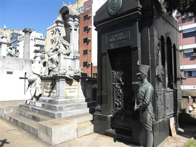 Cementerio de Recoleta 12