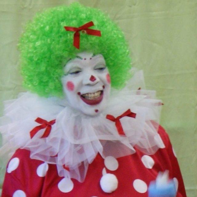 Kup Kake – Volunteer Clown