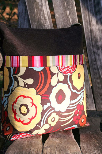 Finished Object - Mischievous Gnome Messenger Bag (5/5)