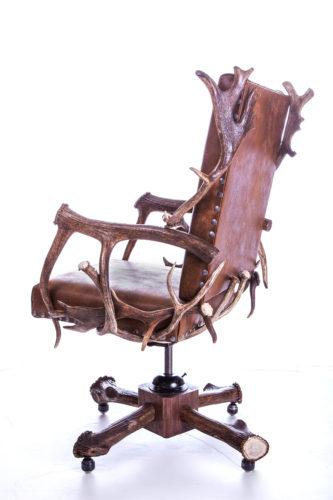 903 Elk Antler Roller Desk Chair