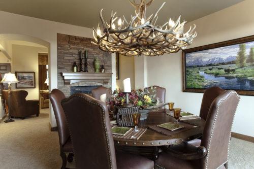 custom lighting ustom antler chandleier