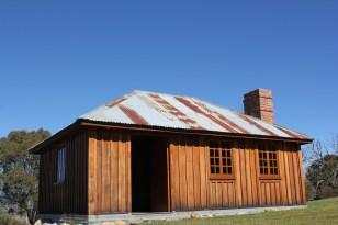 Sawyers Hill Hut