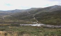 Heading towards Kosciusko we can see the track we will come back on with the crossing of the Snowy River