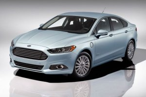 ford-fusion-energi-04-1a.jpeg.492x0_q85_crop-smart