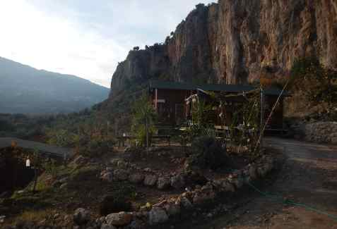 Peak_Guesthouses_096