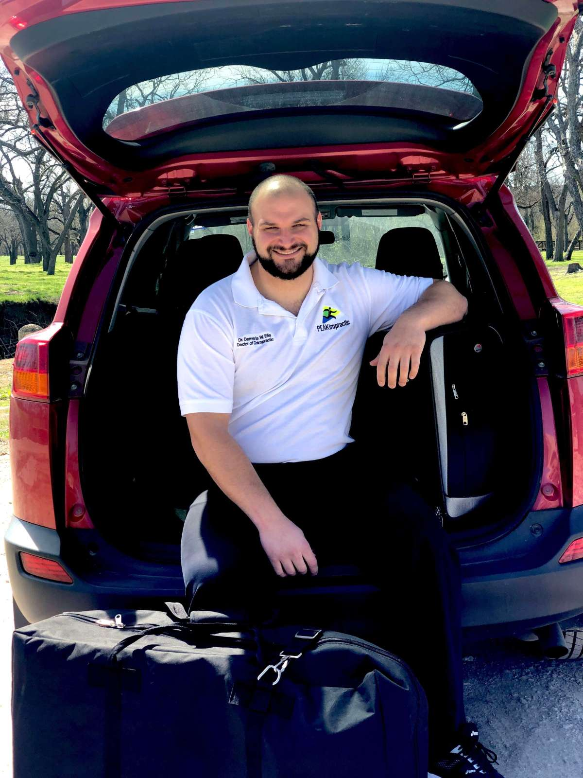 The Mobile Chiropractor of Dallas - Fort Worth!  Mobile Chiropractic Services 7 days a week, including weekends. Chiropractic adjustments, and massage therapy!
