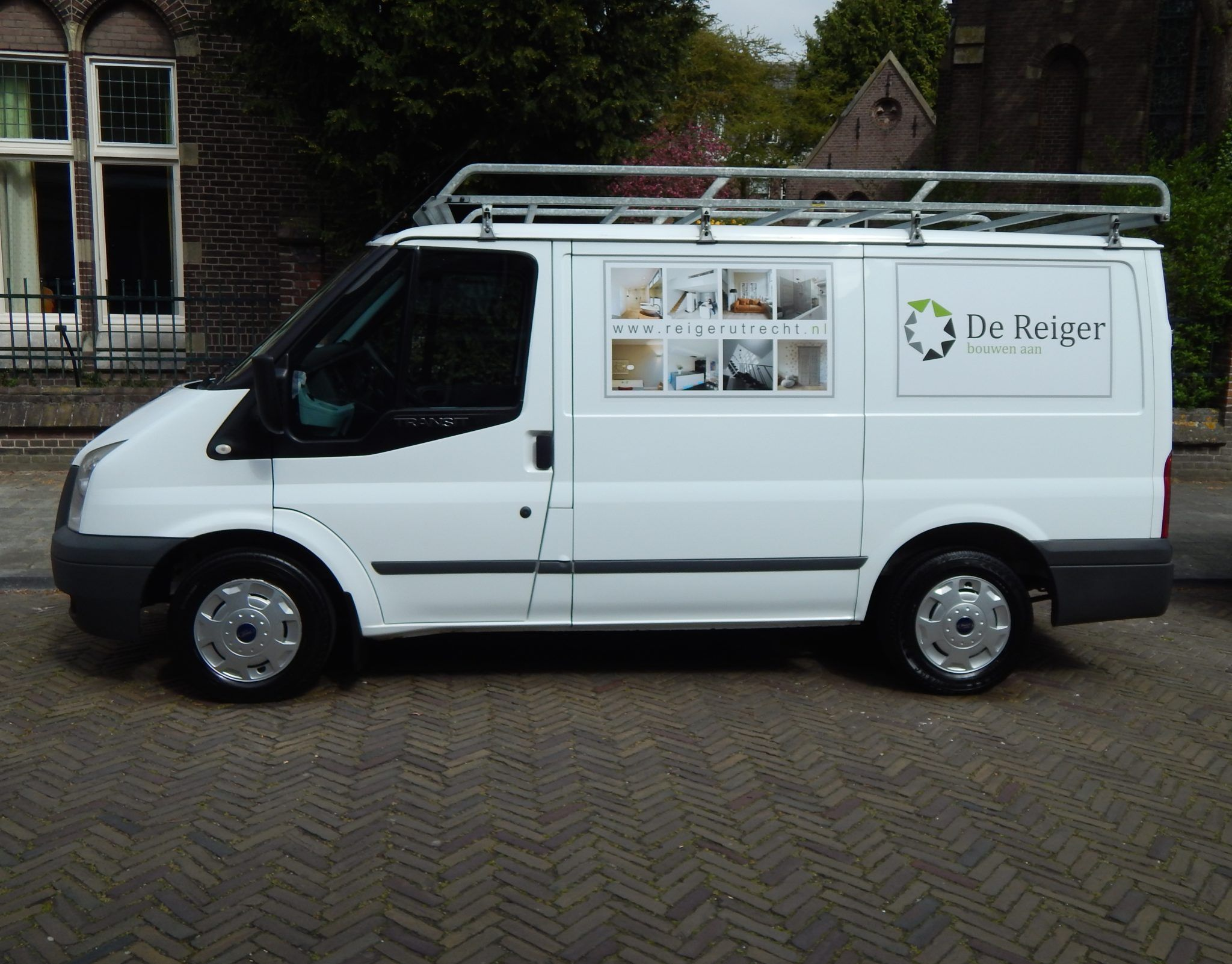 Peak Perfection Bestelbus reiniging Ford Transit