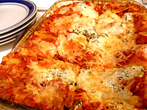 Turkey Sausage-Spinach Lasagna with Spicy Homemade Tomato Sauce ...