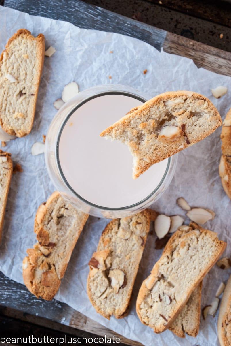 Healthy Vanilla Almond Biscotti