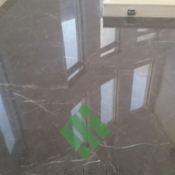 Clear-marble-and-tiles047