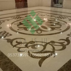 Clear-marble-and-tiles057